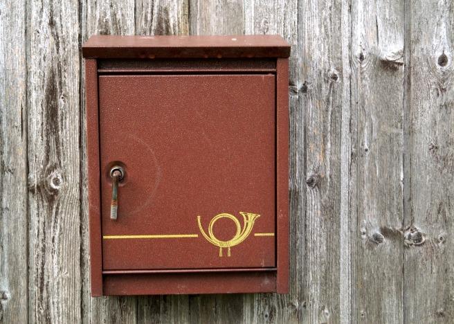mailbox-2637537_1920