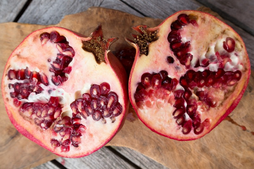 pomegranate-1133814_1920