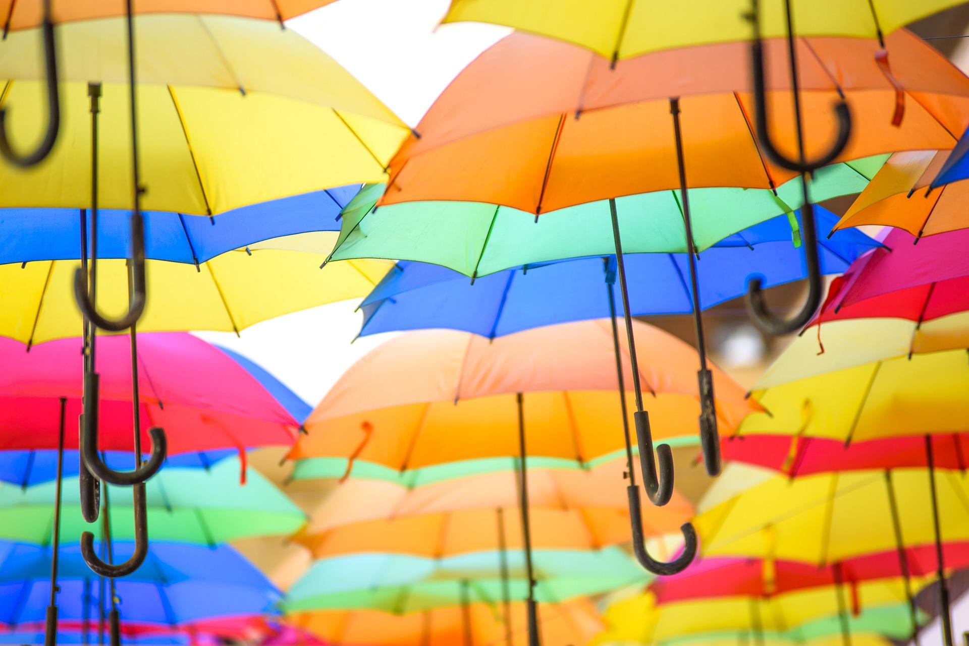 colorful-umbrellas-1492095_1920